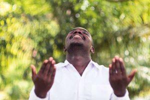 yoruba rezando